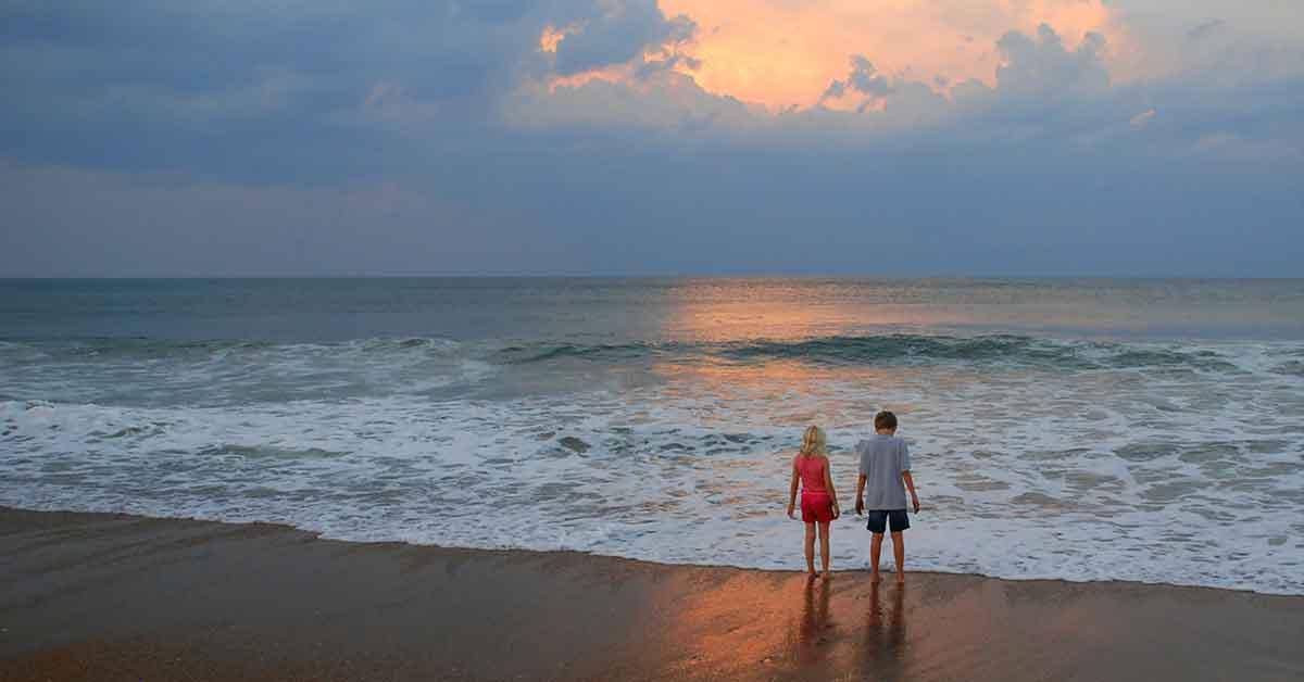 Sunset siblings